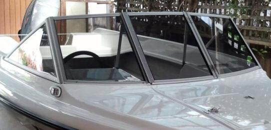 Boat windscreens and windows